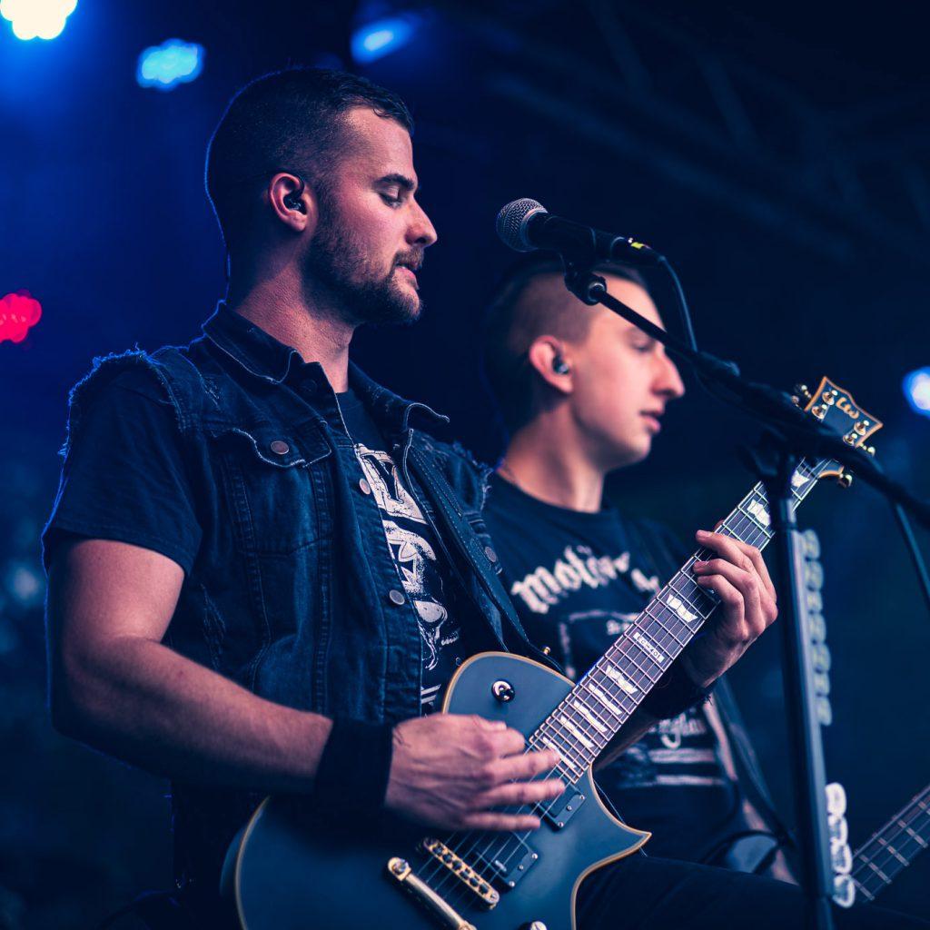 ESP Guitars Max Lilpob