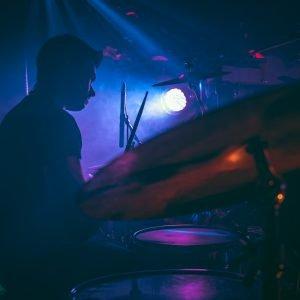 Schlagzeuger Alex Wolf live